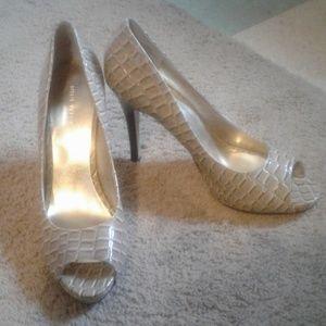 Sz. 9 Nine West Shoe